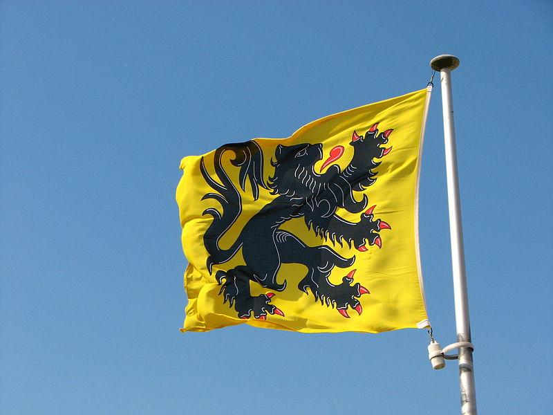 800px-Flemish_Flag_(8610710241)